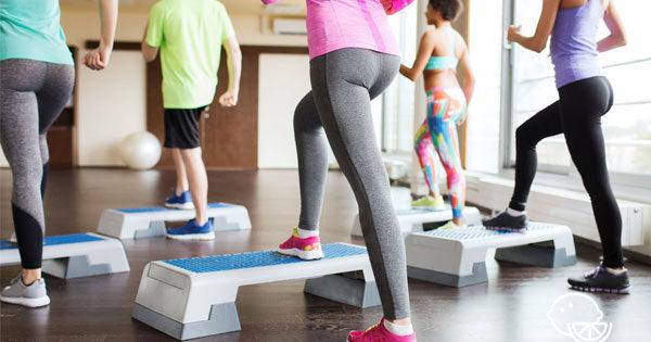 Cтеп-аэробика для похудения в домашних условиях польза для начинающих основные шаги на степе