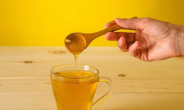 Польза и вред воды с медом натощак. Как правильно пить утром и вечером