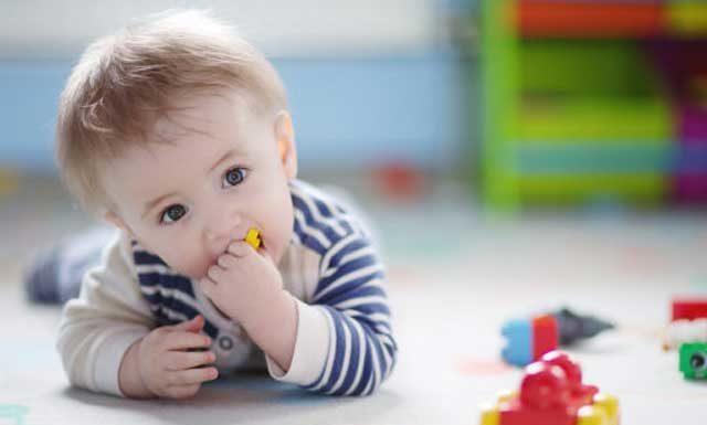 Что делать, если ребенок проглотил инородный предмет, разбил ртутный градусник