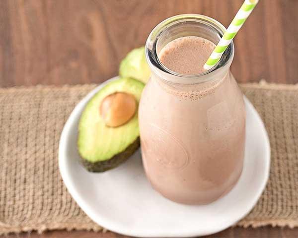 Шоколадный коктейль с авокадо и бананами. Как приготовить в домашних условиях