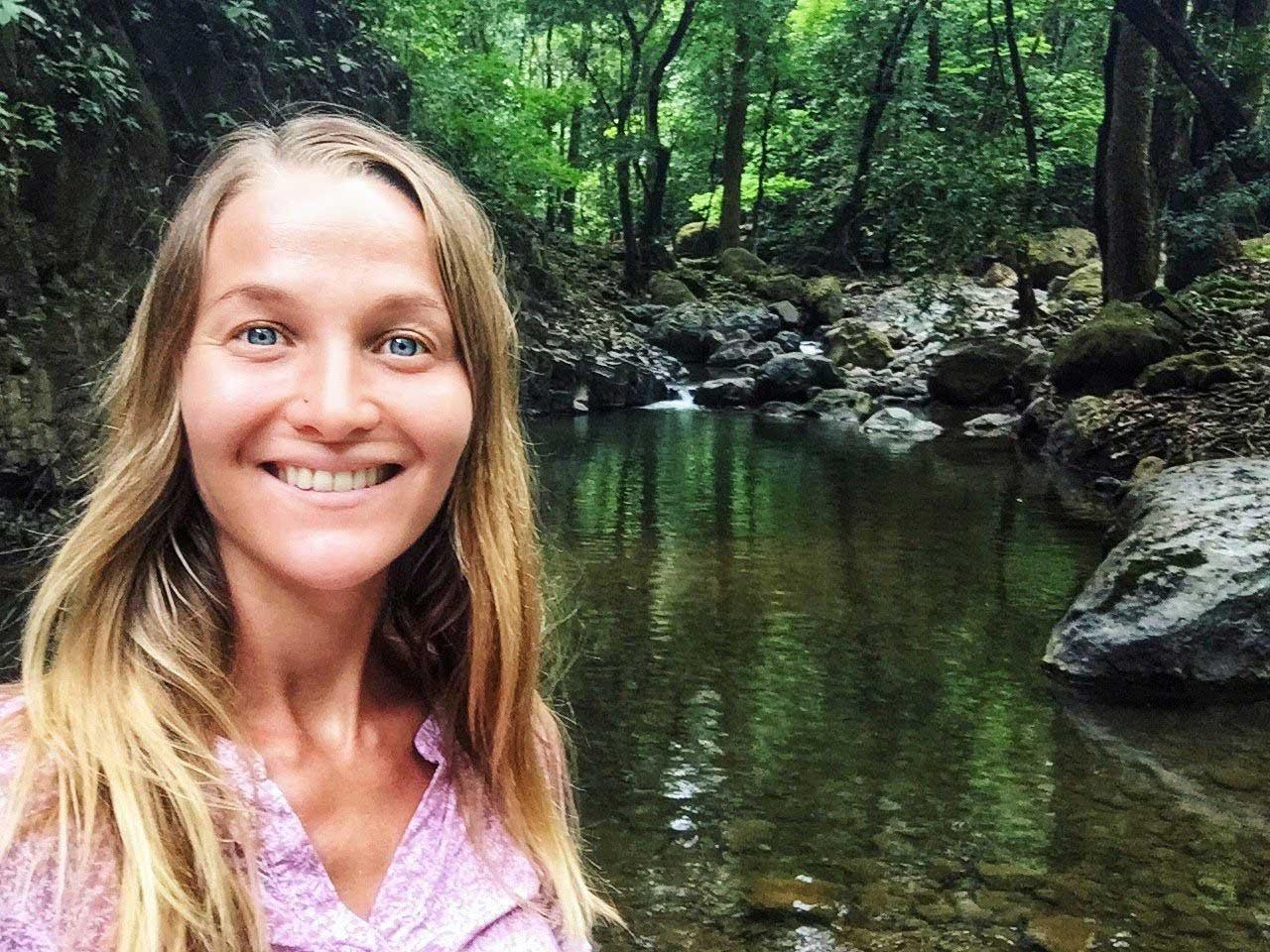 Саша Уикенден - сооснователь движения свободных путешественников Sunsurfers