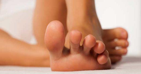 Чтобы ноги не потели и не пахли