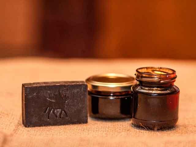 Польза и вред дегтярного мыла для кожи лица и волос