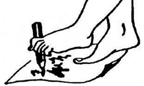"Упражнение ""Маляр"" при плоскостопии"