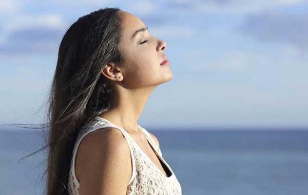 Дыхательная практика для снятия напряжения после панических атак