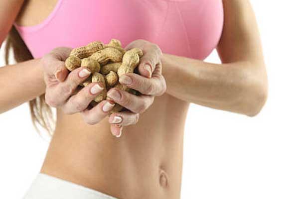 Польза арахиса для организма женщины