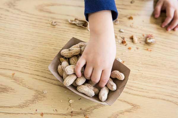 Польза и вред арахиса для детей