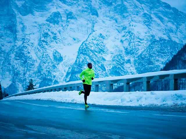 Польза и вред бега зимой: как одеваться, бег для похудения, советы экспертов