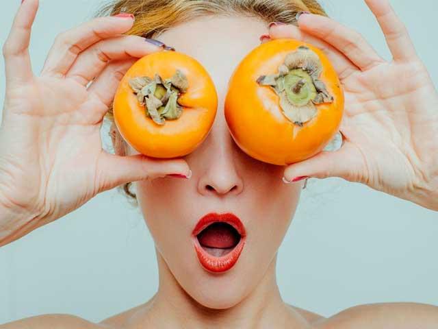 Польза и вред хурмы для организма женщины
