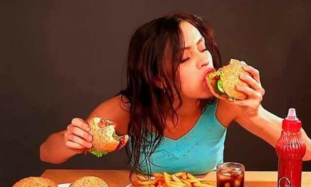 Психологическая зависимость от еды: виды, признаки, как избавиться