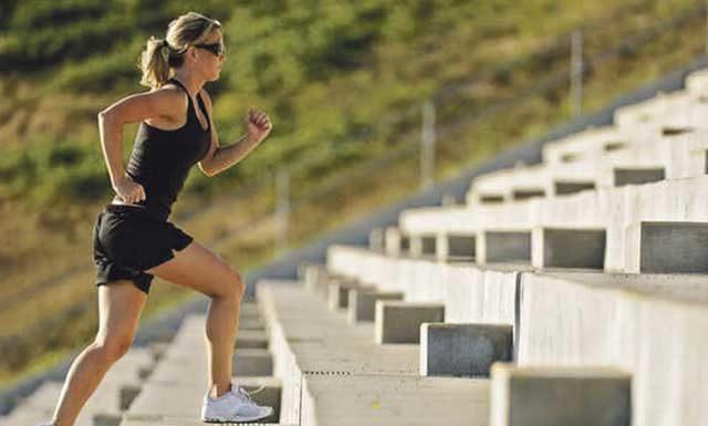 Всего 30-60 минут ходьбы по лестнице улучшат ваше здоровье