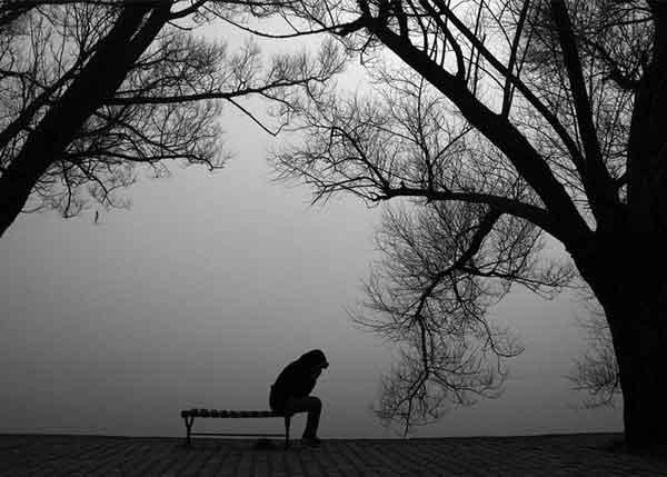 Симптомы весенней депрессии у женщин и мужчин