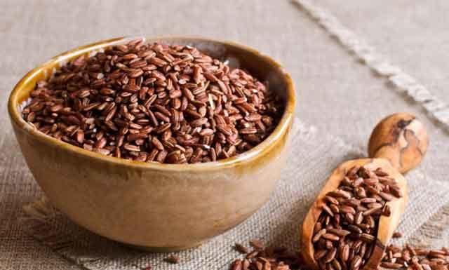 Бурый (коричневый) рис: польза и вред для организма, отличие от белого риса