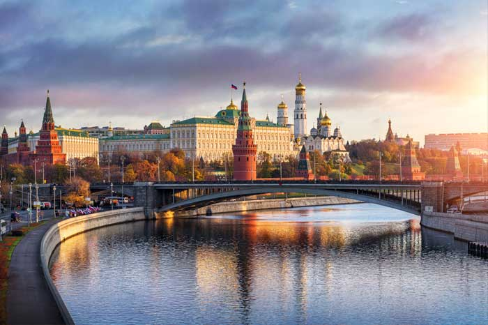 Куда поехать на майские праздники - Москва