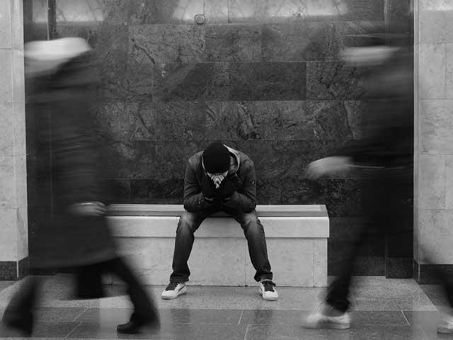Как самостоятельно избавиться от навязчивых мыслей: 6 эффективных способов