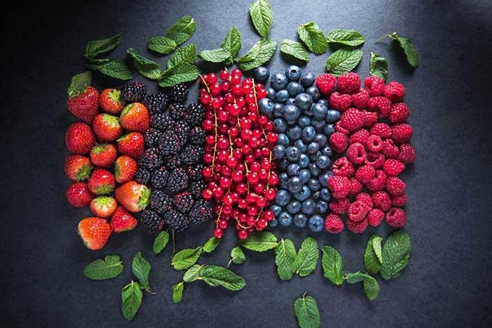 Углеводы в ягодах и фруктах