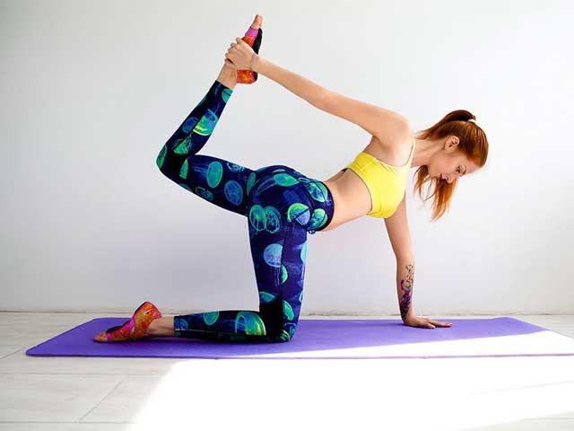 7 простых упражнений для растяжки всего тела в домашних условиях