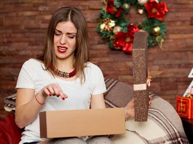17 запрещенных новогодних подарков на новый год: народные приметы