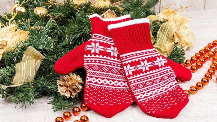 Перчатки и варежки на новый год