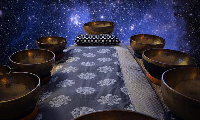 Что такое массаж поющими чашами и зачем он нужен?
