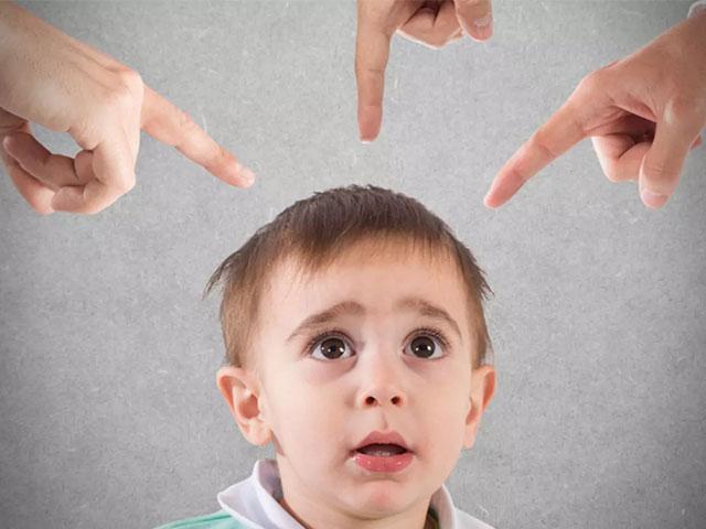 Родительский висхолдинг: 6 наказаний, которые ломают детскую психику