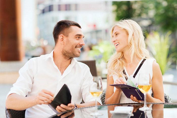 Денежные отношения между мужчиной и женщиной