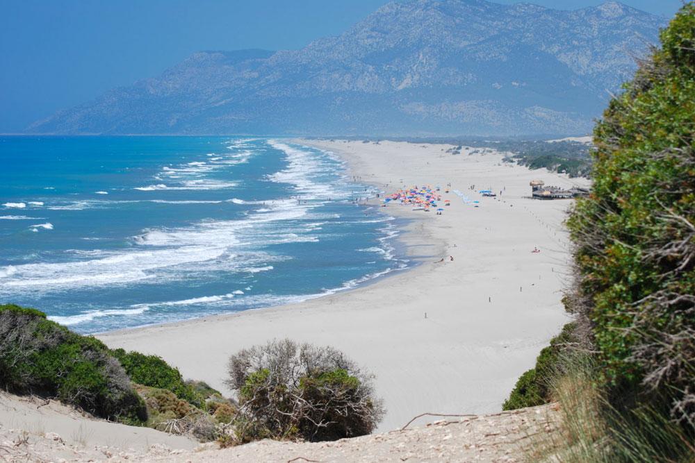 Дикий пляж Патара в Турции