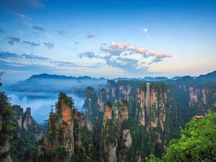 «Чжанцзяцзе» (Китай, провинция Хунань)