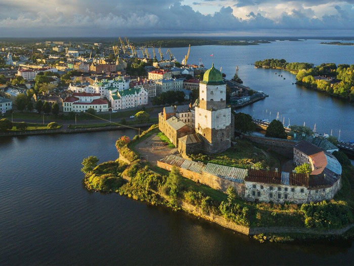 Выборг (Ленинградская область), как за границей