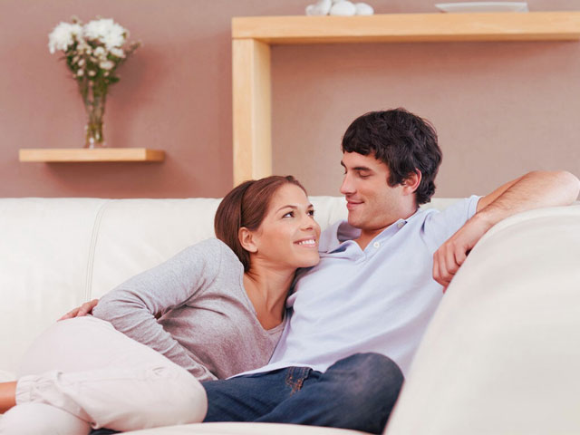 12 вещей, которые женщина делает только с любимым мужчиной