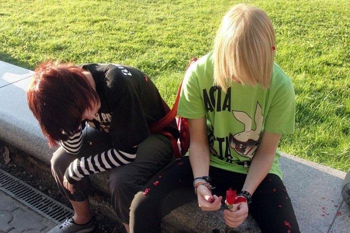 Почему подростки всех раздражают