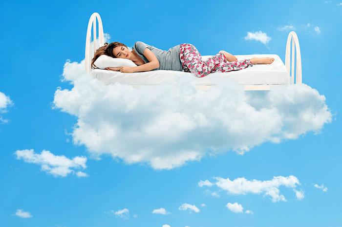 Женщина во сне, к чему снится